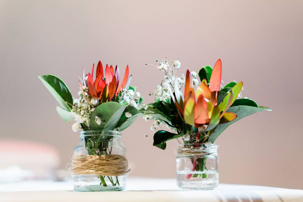 Wedding Flower Arrangement - Fuzzy Pear Studio Sydney Wedding Photography